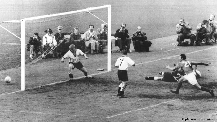 Deutschland Frankreich beim WM-Turnier 1958 in Schweden