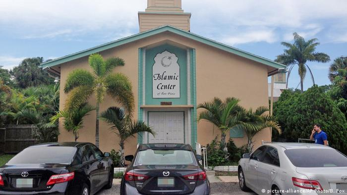 USA Florida Fort Pierce Islamic Center , Mosque (picture-alliance/AP Photo/B. Fox)