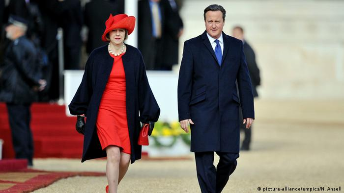 Großbritannien Innenministerin Theresa May & Premierminister David Cameron (picture-alliance/empics/N. Ansell)