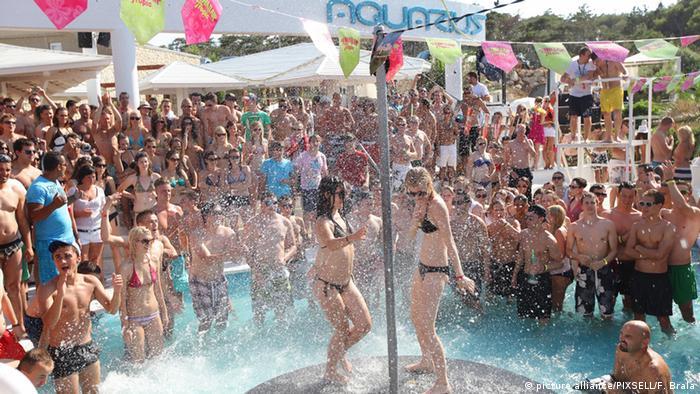 U Njemačkoj je Novalja (Zrće) poznata kao hrvatska Ibiza (fotografija iz 2011.)