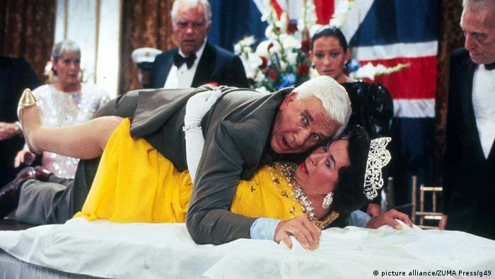 Film still from The Naked Gun (picture alliance/ZUMA Press/g49)