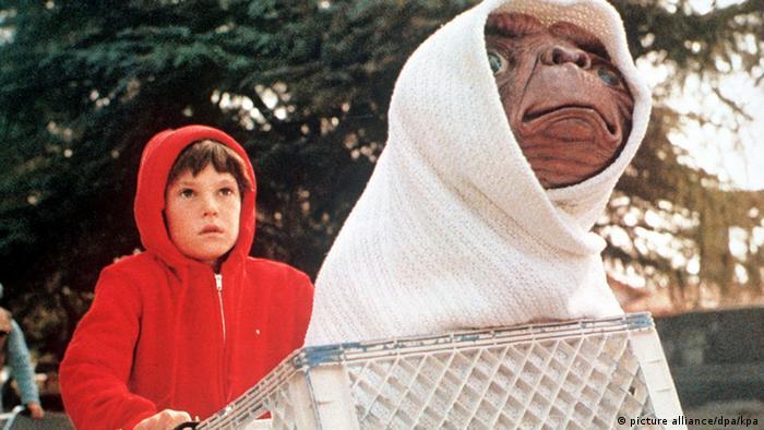E.T., extraterestrul din filmul lui Steven Spielberg