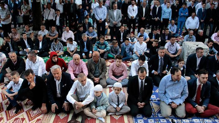 Bosnien Herzegowina Zuckerfest Moschee in Sarajewo