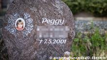 Memorial stone for Peggy (picture-alliance/dpa/D. Ebenerm)