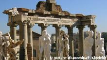 Italien, Souvenirhändler in Rom