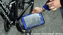 Tour de France 2016 Untersuchung Test (picture-alliance/dpa/F. Nicolas)