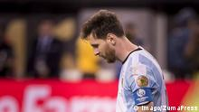 27.06.2016 ++++++++ June 27, 2016 - East Rutherford, New Jersey, U.S - Argentina midfielder LIONEL MESSI (10) drops his head after missing a penalty kick over the goal during the Copa America Centenario 2016 Final at MetLife Stadium in East Rutherford, NJ Soccer 2016 - Copa America Centenario Final Chile defeats Argentina 0-0 (4-2) Penalty Shoot out. PUBLICATIONxINxGERxSUIxAUTxONLY - ZUMAs192 © Imago/ZumaPress