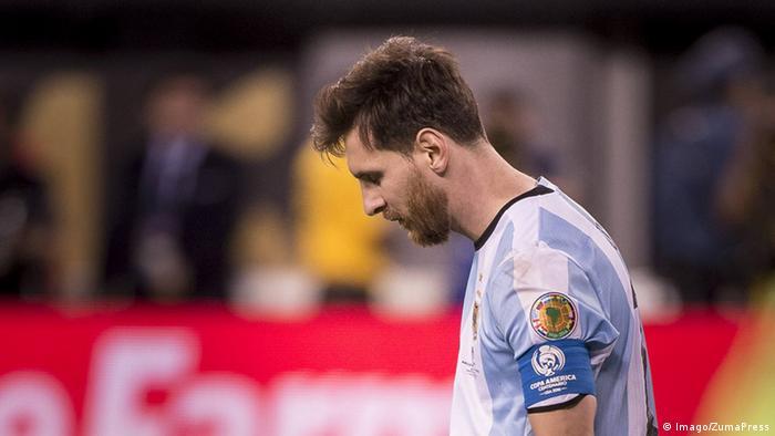 """""""ميسي يبقى أفضل لاعب كرة قدم رغم إخفاقه دوليا"""""""