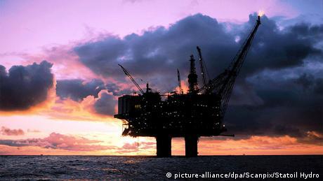 A Norwegian oild platform in the Baltic Sea (picture-alliance/dpa/Scanpix/Statoil Hydro)