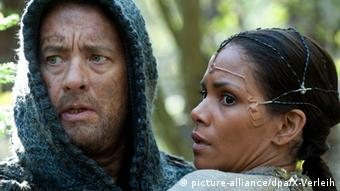 Tom Hanks and Halle Berry in 'Cloud Atlas,' Copyright: picture-alliance/dpa/X-Verleih
