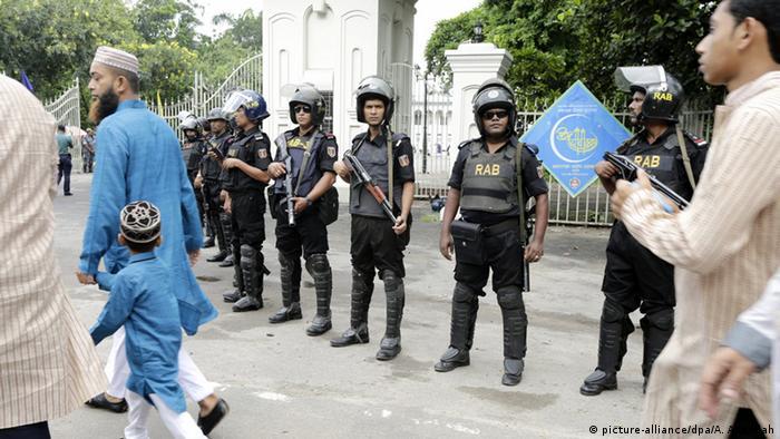 Bangladesch Dhaka Sicherheitsvorkehrungen bei Ramadanfest