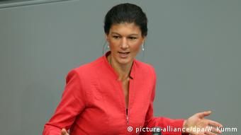 Berlin Wagenknecht in Rede vor dem Bundestag