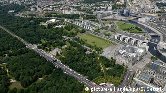 Deutschland Berlin Luftaufnahme