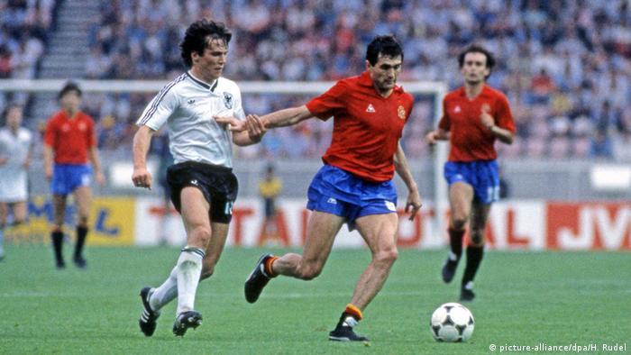Fußball WM 1982 in Spanien, 2. Finalrunde Gruppe B, Spanien - BRD Deutschland (picture-alliance/dpa/H. Rudel)