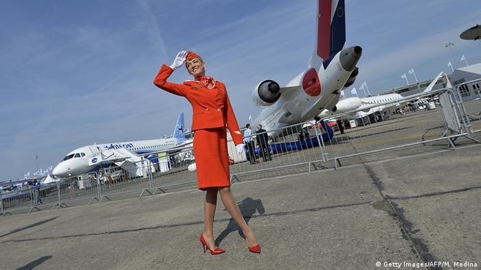 Paris Airshow Aeroflot Flugbegleiter (Getty Images/AFP/M. Medina)
