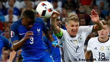UEFA EURO 2016 - Halbfinale | Frankreich vs. Deutschland - Handspiel Schweinsteiger