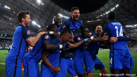 halbfinale deutschland frankreich uhrzeit