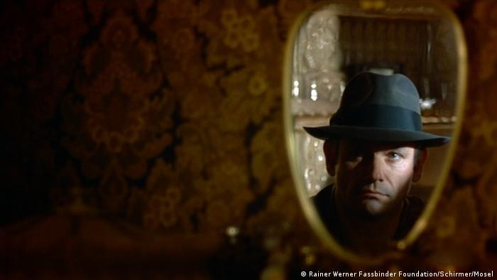 Filmstill aus dem Rainer Werner Fassbinder-Film 'Die Ehe der Maria Braun' (Foto: Rainer Werner Fassbinder Foundation, Berlin/Courtesy Schirmer/Mosel)