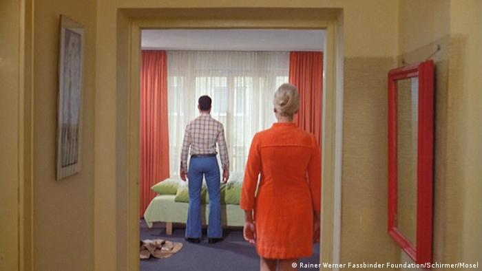 Filmstill aus dem Rainer Werner Fassbinder-Film 'Angst essen seele auf' (Foto: Rainer Werner Fassbinder Foundation, Berlin/Courtesy Schirmer/Mosel)