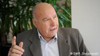 Mazedonien Skopje Stojan Andov ehemaliger Parlamentspräsident (DW/P. Stojanovski)
