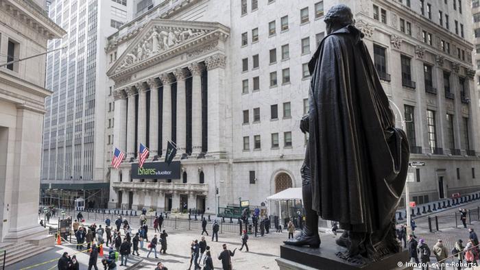 Congreso de Estados Unidos suaviza regulación bancaria