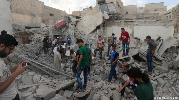 Syrien Luftangriff auf Rebellengebiet von Aleppo