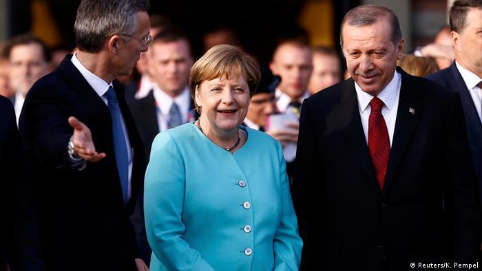 Polen Nato-Gipfel in Warschau - Angela Merkel & Tayyip Erdogan