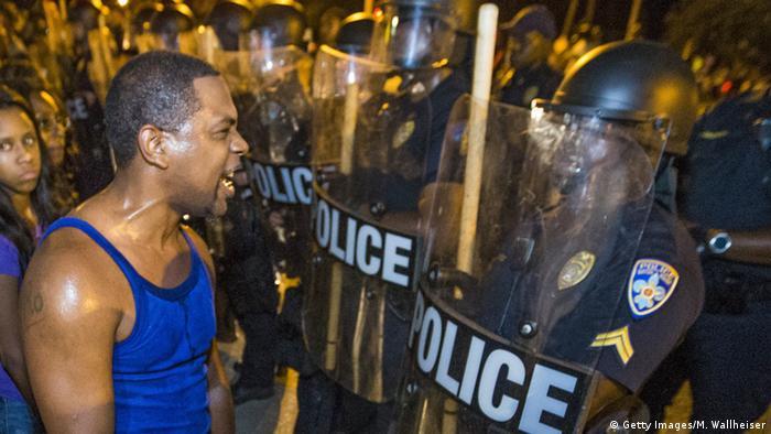 USA Polizei und Demonstranten in Baton Rouge