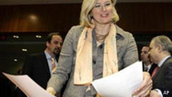 Österreichs Außenministerin EU-Ratsvorsitzende Ursula Plassnik Außenministertreffen in Brüssel 20.03.06