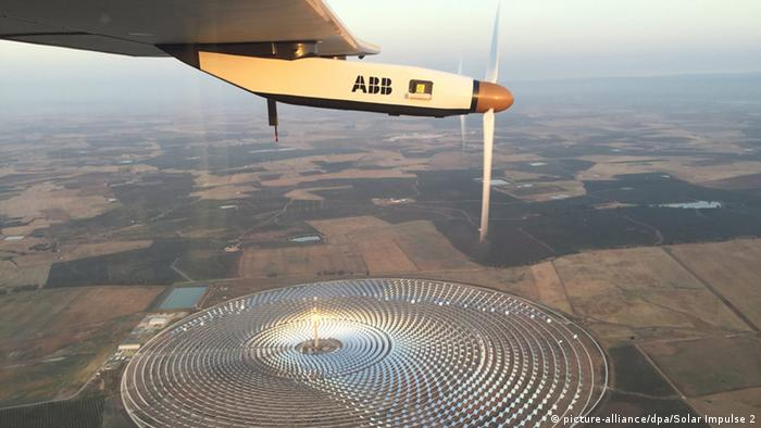 Spanien Sevilla nach dem Start von Solar Impulse 2