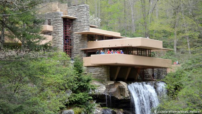 USA Pittsburgh Fallingwater Wohnhaus Frank Lloyd Wright (picture-alliance/dpa/C.Melszer)