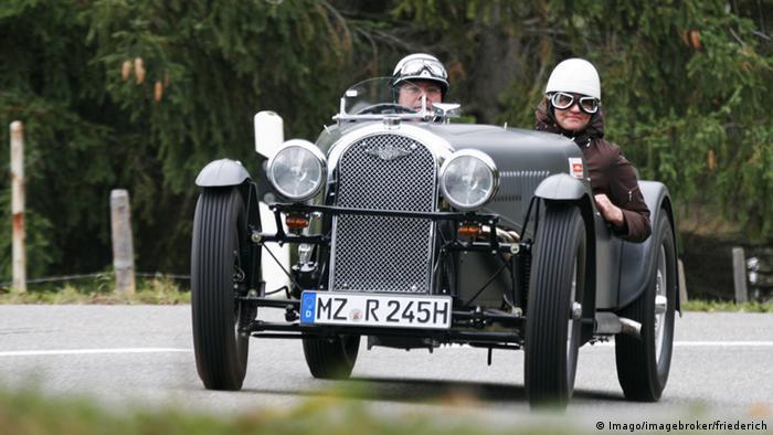 Britisches Automodell Morgan 4/4 (Imago/imagebroker/friederich)