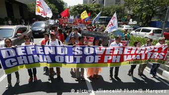 Philippinen Demonstranten vor chinesicher Botschaft in Manila
