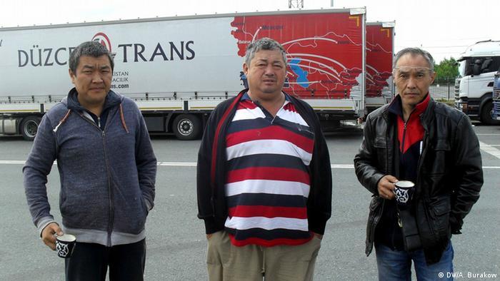 Važna granica: vozači kamiona na granici Rusije i Belorusije