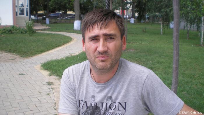 Общественный активист Михаил Влах