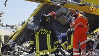 Italien Apulien Andria Mehrere Tote nach Zusammenstoß von zwei Zügen