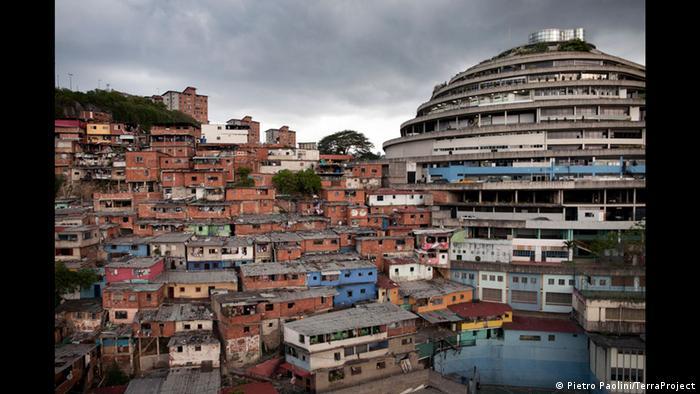 El Helicoide in Caracas, Venezuela,© Pietro Paolini/TerraProject