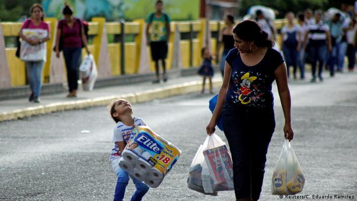 Kolumbien Venezuela öffnet seine Grenze temporär