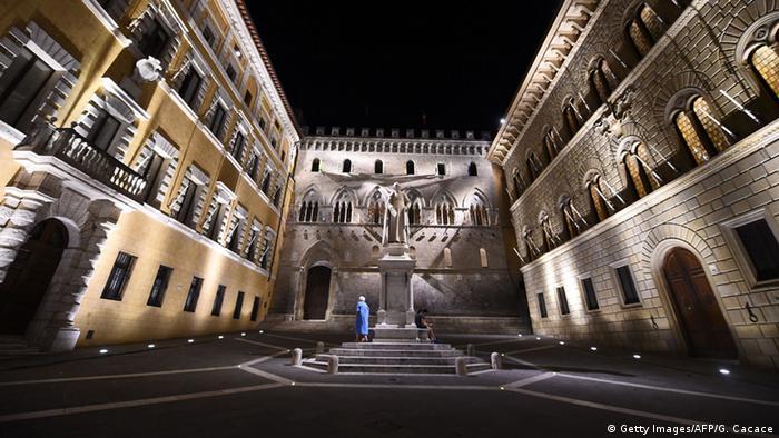 Italien Monte Dei Paschi di Siena Bank Hauptstelle in Siena