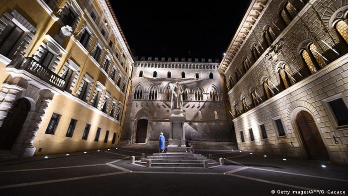 Italien Monte Dei Paschi di Siena Bank Hauptstelle in Siena (Getty Images/AFP/G. Cacace)