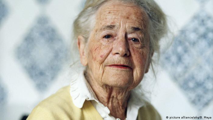 Die Dichterin Hilde Domin (picture alliance/akg/B. Meya)