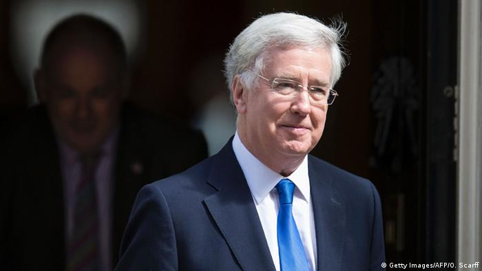 Großbritanien Kabinett May Michael Fallon (Getty Images/AFP/O. Scarff)