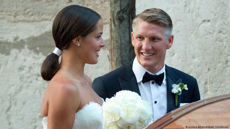 Die Hochzeit Von Bastian Schweinsteiger Und Ana Ivanovic Mr Mrs