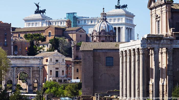 Rom Forum Romanum und Monument von Vittorio Emanuele II (picture-alliance/Bildagentur-online/Tetra)