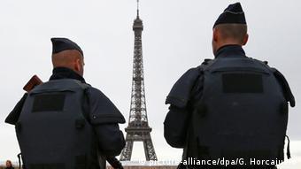 Η ασφάλεια το κύριο μέλημα των αρχών στις αυριανές εκλογές (picture-alliance/dpa/G. Horcajuelo)