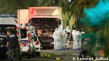 Frankreich Anschlag LKW rast in Nizza in Menschenmenge