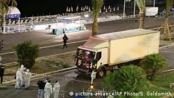 Wagon used in terror attack in Nice