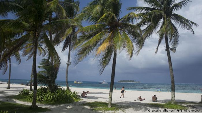 Playa en la isla de San Andrés, en el departamento de San Andrés y Providencia.