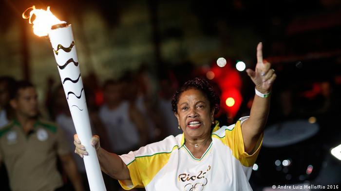 Städte-Tour des Olympischen Feuer in Brasilien Bahia