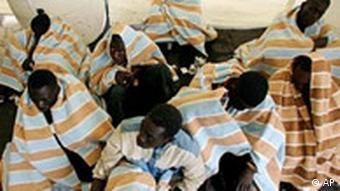 Flüchtlinge auf Teneriffa Spanien aus Afrika